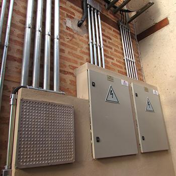 Instalações elétricas galpão em Piedade